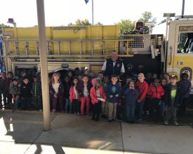 Captain Leite and Stafford Elementary School Kindergartners in front of Engine 2
